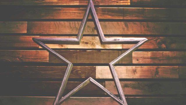 「ミシュランの星の意味」を英語で説明する