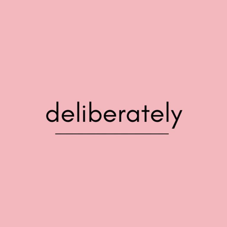 【英語学習】deliberatelyの意味は?例文と使い方を紹介