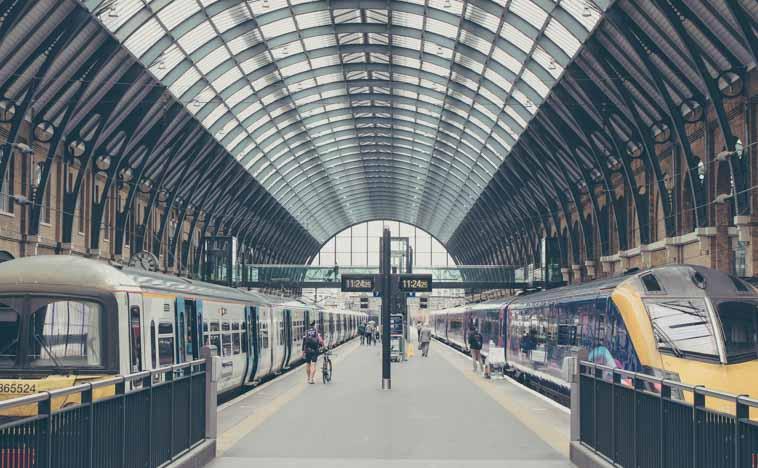 イギリス交通機関で見かけるイギリス英語単語