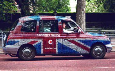 【イギリス英語とアメリカ英語の違い】車関連の単語20選 徹底比較