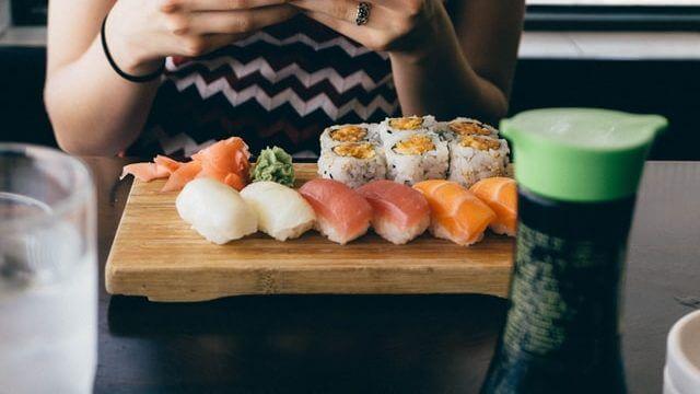 寿司を好きな理由は?寿司に関する英語例文